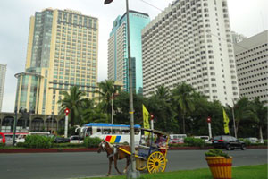 Philippines business establishments at the bay