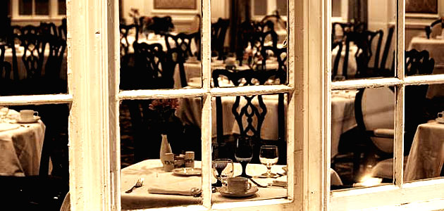 10 Tips to Attract Customers to Your Restaurant Business